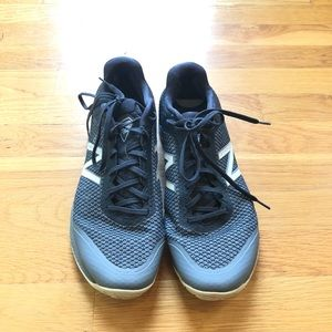New Balance Minimus Gym Shoes gray/navy size 10.5